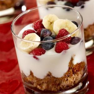 03 Rise and Shine Banana Berry Parfait