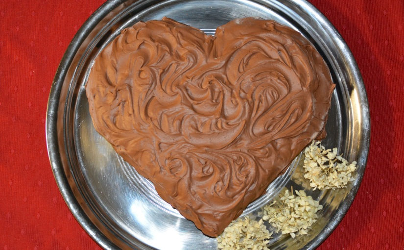 Baking Hack: Heart Cake with Pans You Have
